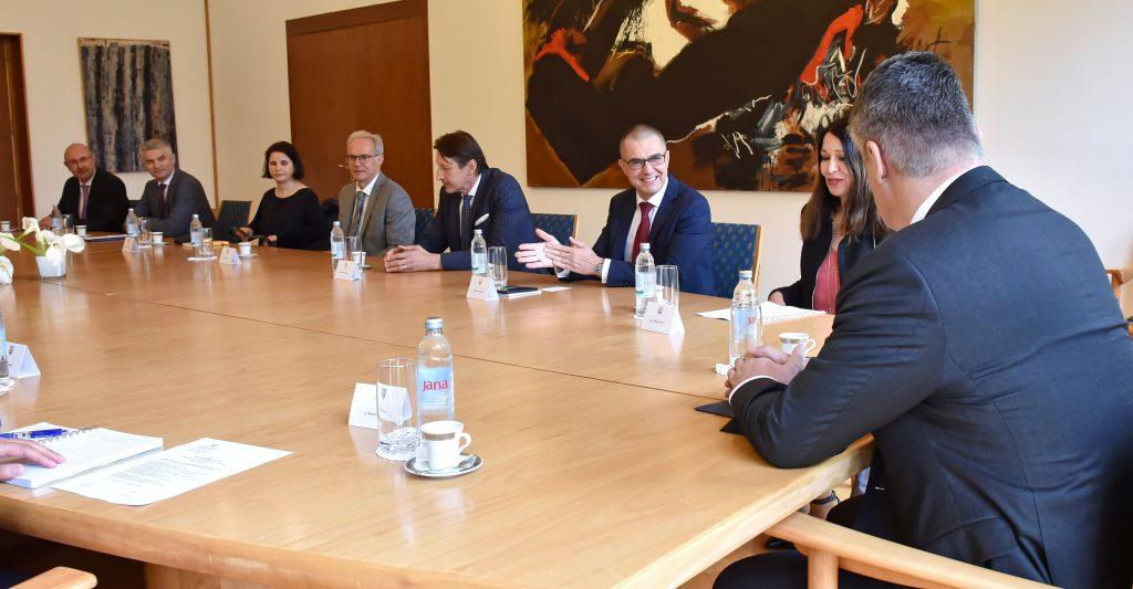 Izaslanstvo HR PSOR-a na prijemu kod predsjednika Republike 4 - hrpsor Hrvatski poslovni savjet za održivi razvoj