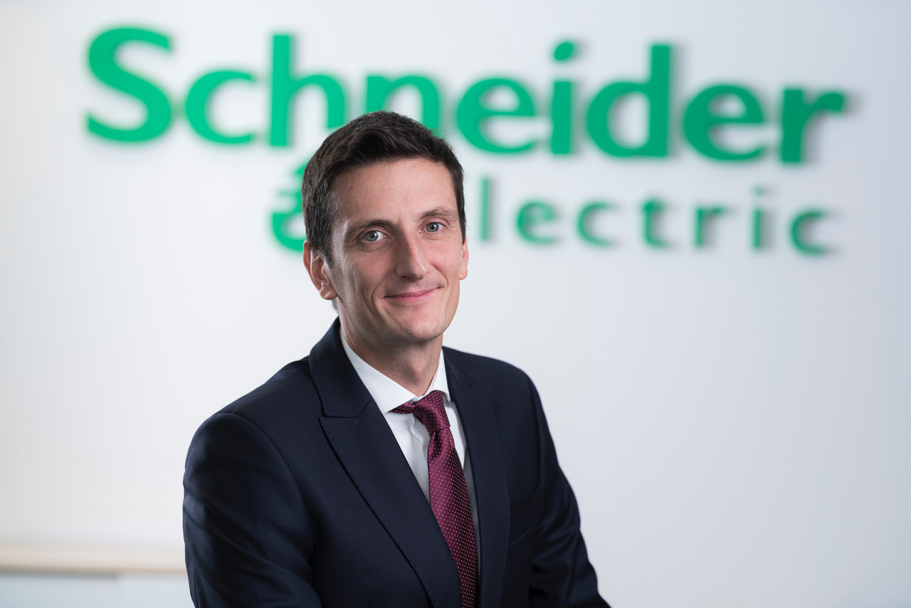 Arthur Vašarević, Director, Schneider Electric for Croatia, Slovenia and Bosnia & Herzegovina 1 - hrpsor Hrvatski poslovni savjet za održivi razvoj